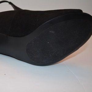 torrid Shoes - Black Velour Torrid Heels